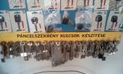 Páncélszekrény kulcsok